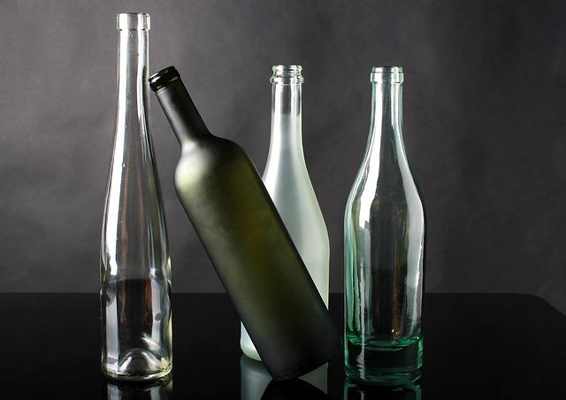 skleněné láhve